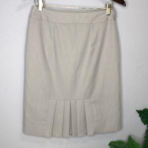 White House | Black Market | Pencil Cut Skirt 6